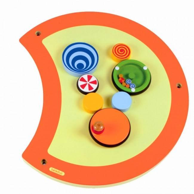 am nagement salle d 39 attente enfant am nagement espace accueil enfants jeux muraux en bois. Black Bedroom Furniture Sets. Home Design Ideas