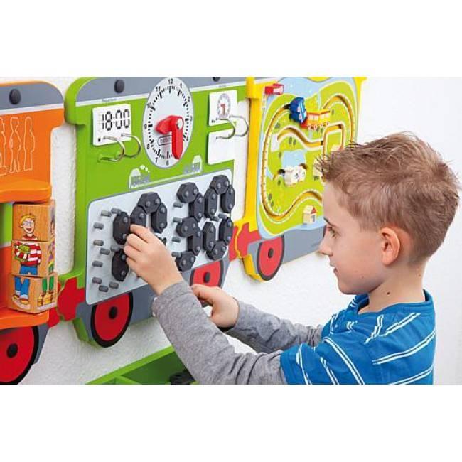 grand jeu mural en bois am nager un espace de jeux enfant. Black Bedroom Furniture Sets. Home Design Ideas