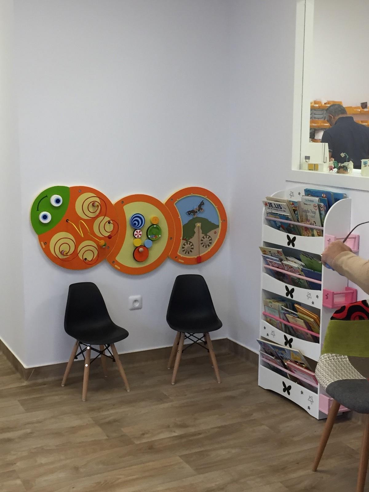 Chaises Salle D Attente Cabinet Medical idées d'aménagement d'une salle d'attente pour enfants